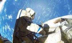 Российские космонавты в мае выйдут в открытый космос