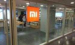 Смартфон Xiaomi Mi 9 замечен на «живой» фотографии