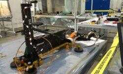 Бур марсианского посадочного модуля InSight застрял