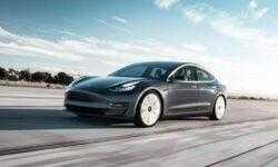 Илон Маск объявил о выпуске самой дешевой версии Tesla Model 3