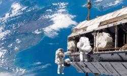 NASA готовится к выходу в открытый космос, состоящему только из женщин