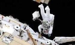 NASA отменило первый в истории выход в открытый космос женского дуэта
