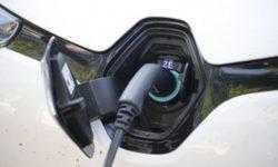Немецкий автопром инвестирует в электромобили и автоматизацию 60 млрд евро