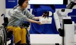 Организаторы Олимпийских игр 2020 показали роботов, которые будут помогать спортсменам и рабочим