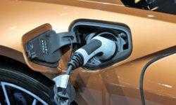 До 1000 км на одной подзарядке: стартап обещает прорыв в области батарей для электрокаров