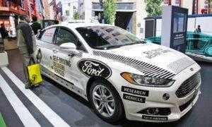 Генеральный директор Ford считает, что компания переоценила автомобили с автономным управлением
