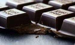Польза шоколада зависит от возраста и пола человека
