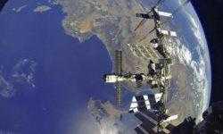 Российские космонавты оценят радиационную опасность на борту МКС