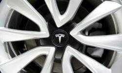 Tesla расследует обстоятельства взрыва Model S на парковке в Шанхае