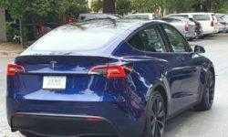 Кроссовер Tesla Model Y впервые показался на общественных дорогах
