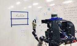 Робот научился копировать человеческий почерк и рисунки