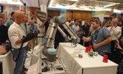 Джефф Безос опробовал новую роботизированную руку с обратной связью