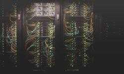 «Преодолевая» закон Мура: чем заменить традиционные планарные транзисторы