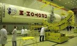 Ракета «Протон-М» с обсерваторией «Спектр-РГ» установлена на старте