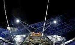 SpaceX впервые поймала часть носового обтекателя ракеты в гигантскую сеть, размещённую на лодке
