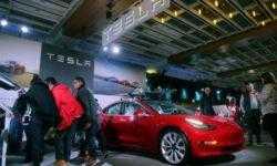 США отклонили запросы Tesla, GM и Uber на освобождение от 25-процентной пошлины на импорт из Китая