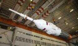 Фото дня: пилотируемый корабль «Союз МС-13» на старте