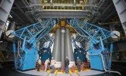 Фото дня: ракета-носитель со спутником «Метеор-М» на Восточном