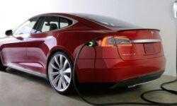 В Великобритании хотят оборудовать все строящиеся дома пунктами зарядки электромобилей
