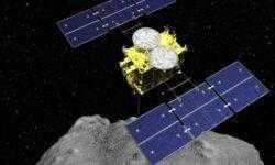 Японский зонд Hayabusa 2 впервые взял образцы подпочвы астероида Рюгу