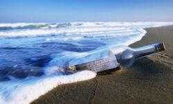 Сколько может плыть сообщение в бутылке, если ее кинуть в океан?