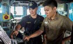 ВМС США отказываются от сенсорного управления в пользу ручного на эсминцах после столкновения
