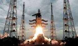 Индийский посадочный модуль «Викрам» отправился к Луне