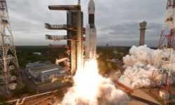 Индия потеряла связь с посадочным лунным модулем миссии «Чандраян-2»