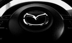 Mazda покажет свой первый электрокар на Токийском автосалоне