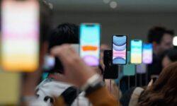 Новые iPhone пользуются большей популярностью у россиян, чем их предшественники