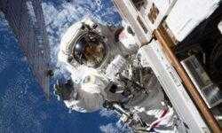 Осенью может состояться первый в истории выход двух женщин в космос