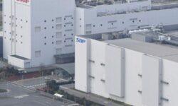 Foxconn на полгода откладывает массовое производство LCD на новом заводе в Китае