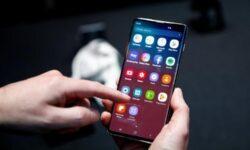 Samsung выпустит патч, исправляющий работу сканера отпечатков пальцев Galaxy S10