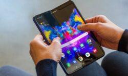 Смартфон Samsung Galaxy Fold 2 может быть запущен весной 2020 года