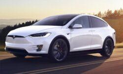 Tesla позволит настраивать «голос» своих электромобилей