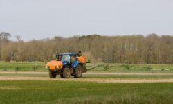 Беспилотная сельхозтехника готовится к работе на российских полях