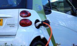 Германия хочет установить миллион зарядных станций для электромобилей