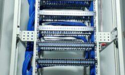 [Из песочницы] Серверный шкаф на 14 патч-панелей или 5 дней проведенных в серверной