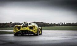 Lotus продемонстрировала закамуфлированный электрический гиперкар Evija в действии
