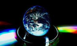 Российский спутник-сфера из стекла отправится в космос перед Новым годом