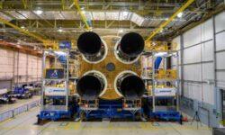 Установлен четвёртый двигатель RS-25 в ракете SLS для лунной миссии