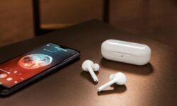 Huawei готовит полностью беспроводные наушники NovaBuds