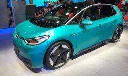 Слушаем фирменный звук электромобиля Volkswagen
