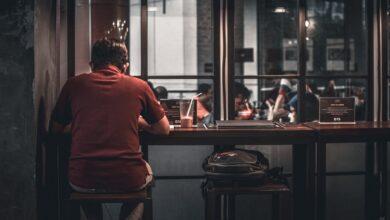 Фото Соблюдающие строгую диету люди чувствуют себя одинокими. Но почему?