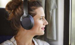 Новые беспроводные наушники Philips снабжены системой активного шумоподавления