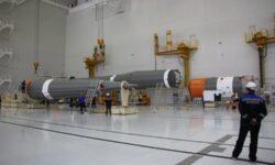 Фото дня: сборка ракет «Союз» для запусков с Восточного