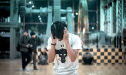 «Коллеги, дышите потише»: почему офисный шум сводит нас с ума — готовимся к понедельнику