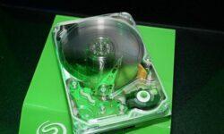 Showa Denko готовится к выпуску пластин HAMR для «80-Тбайт» жёстких дисков
