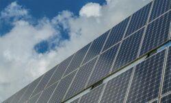 В России предложена технология создания высокоэффективных солнечных батарей