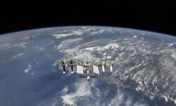 ЦПК: Россия надёжно защитит МКС от проникновения коронавируса